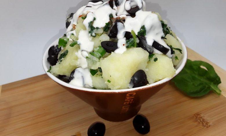 Photo of Salata calda de cartofi cu spanac si dressing de iaurt