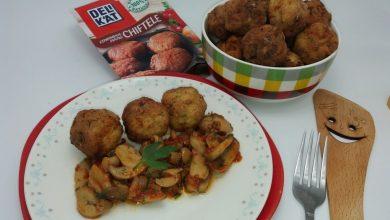 Photo of Chiftelute de pui cu dovlecel si sos cu ciuperci