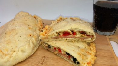 Photo of Calzone pizza