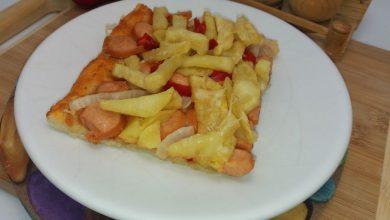 Photo of Pizza cu cartofi prajiti si crenvursti