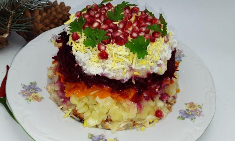 Photo of Salata in straturi cu sfecla rosie si rodie