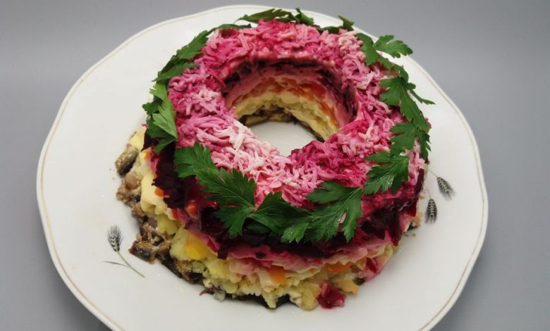 Photo of Salata Suba Coronita cu sprot afumat