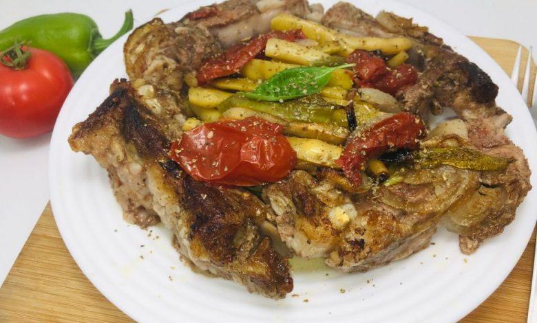 Photo of Costita de porc cu pastai de fasole- o friptura simpla si gustoasa
