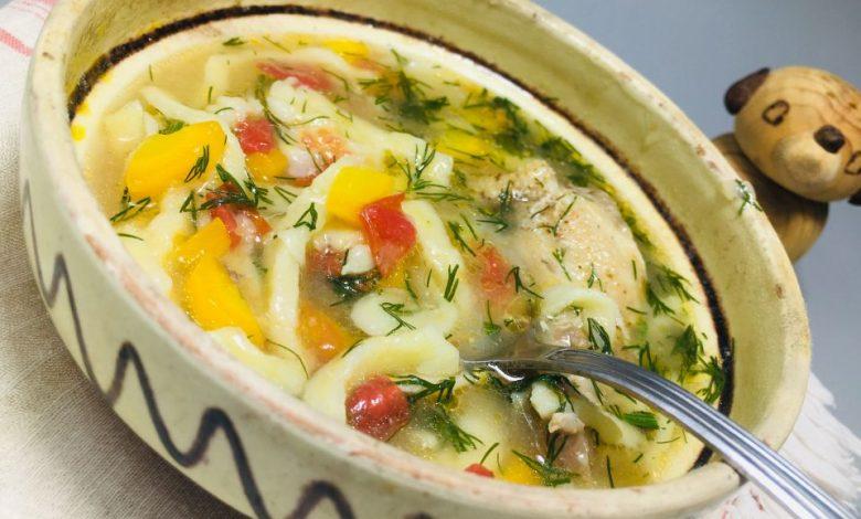 Photo of Supa de pui cu taietei de casa