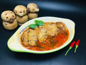 Chiftelute de pui cu sos marinat