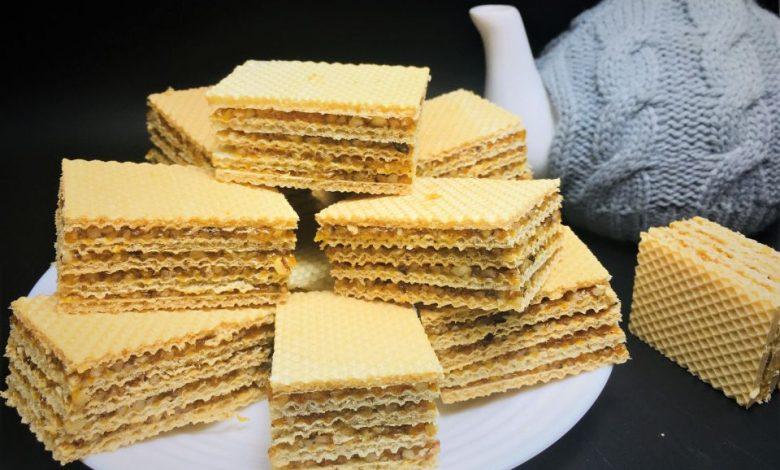 Photo of Prajitura cu caramel si foi de napolitana